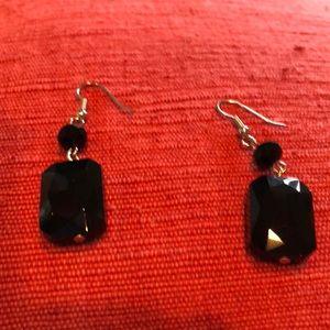 Jewelry - Elegant Jet Black Earrings